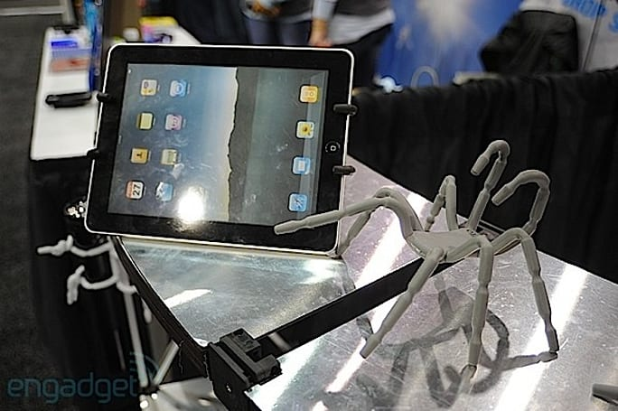 Breffo Spiderpodium Tablet stand hands-on