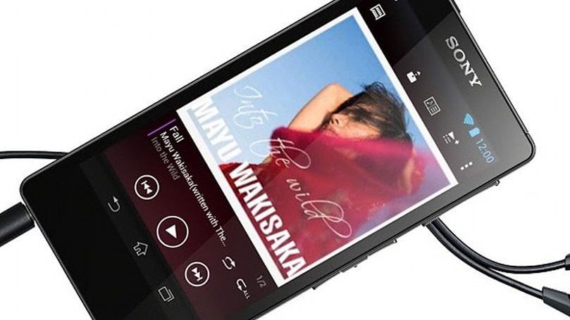 Sony Walkman F886 offers hi-res audio, 32GB storage, full Android 4.1 for £250