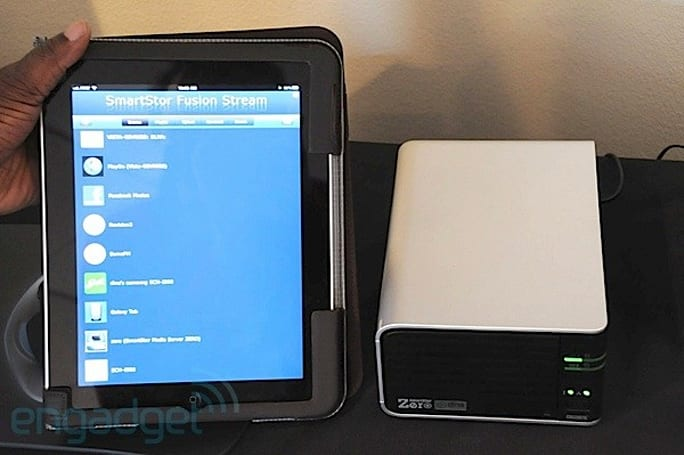 Promise's SmartStor Zero NAS streamer dumbs down DLNA for the iPad (hands-on)