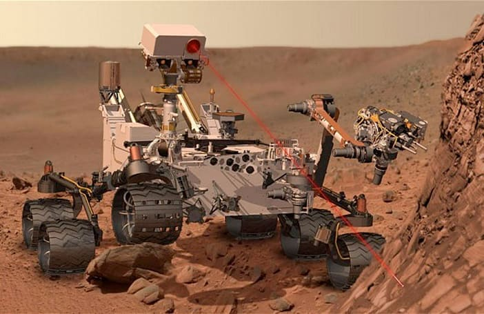 Curiosity rover flaunts its battle scar, wind sensor is bruised (but not broken)