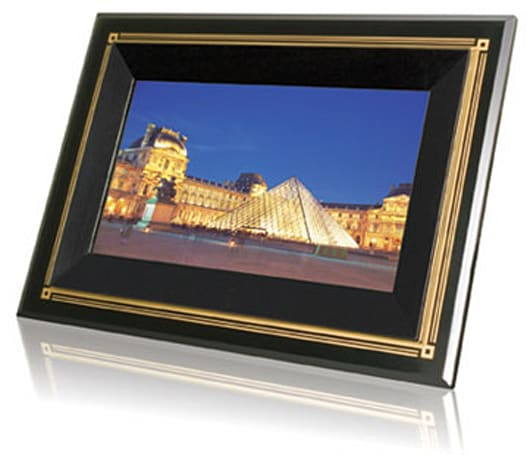 Transcend enters digiframe market with T.photo 710