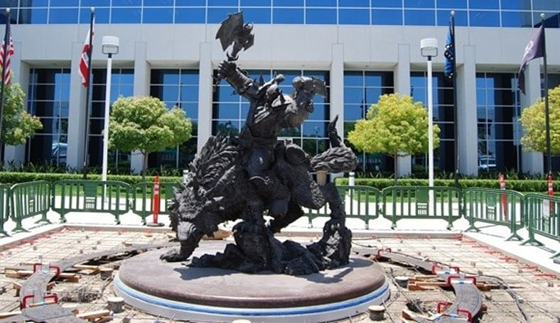 The Blizzard Orc Statue and compass points of wisdom