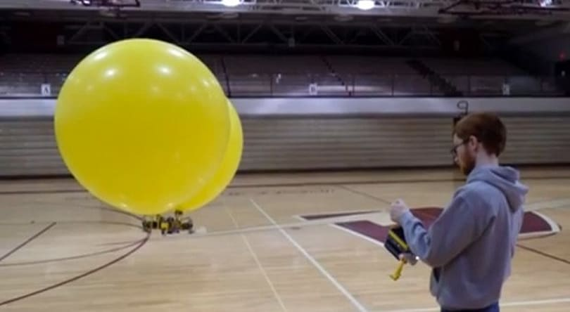 Flying Fortress Lego blimp lords over us with a Mindstorms-based iron fist (video)