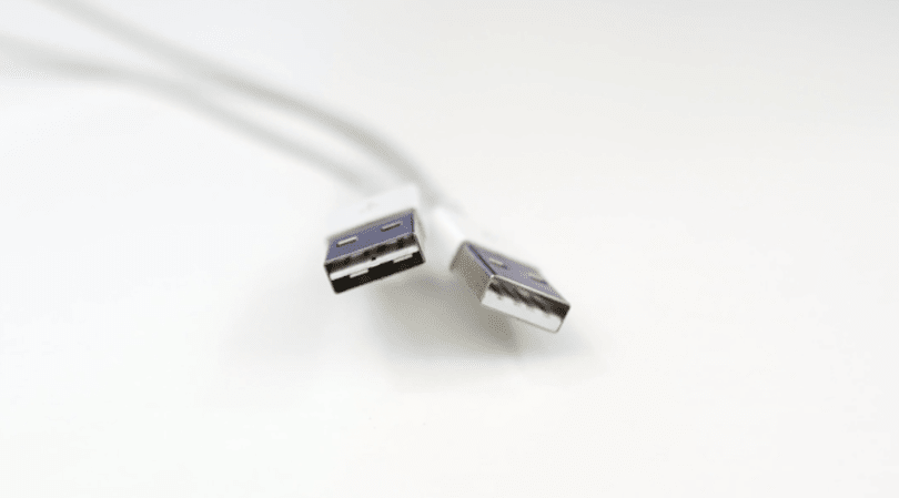 Say hello to the fully reversible Apple Lightning to USB cable
