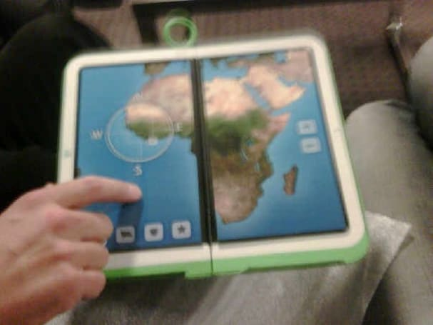 OLPC shakeup: dual-screen XO-2 out, ARM-based XO 1.75 in