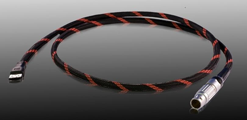 R2E cable adds eSATA transfer abilities to RED camera