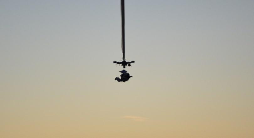 Google exec sets a new record for highest-altitude jump (video)