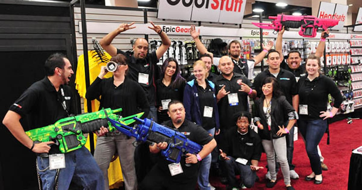 Gamestop Expo Puts The Xbox One And Playstation 4 In Your