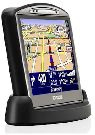 TomTom keeps 'em coming with the GO 520