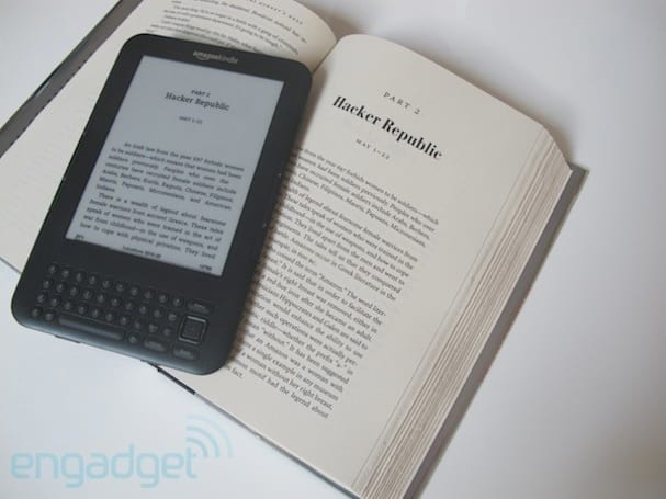 Kindle 3 gets software upgrade, ready to soar into the cloud