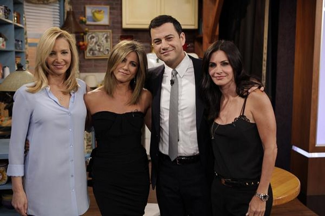 'Friends' cast makes rare appearance together on 'Jimmy Kimmel Live'