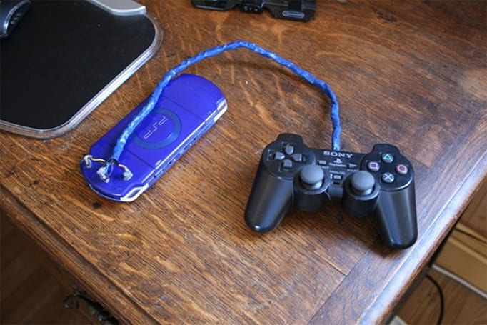 Modder hacks PSP for DualShock 2 control, proves kids aren't worthless