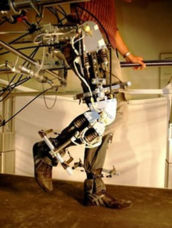 LOPES rehab robot gets bodies moving -- no relation to JLo (video)