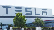 Tesla brings self-driving hardware to its entire fleet