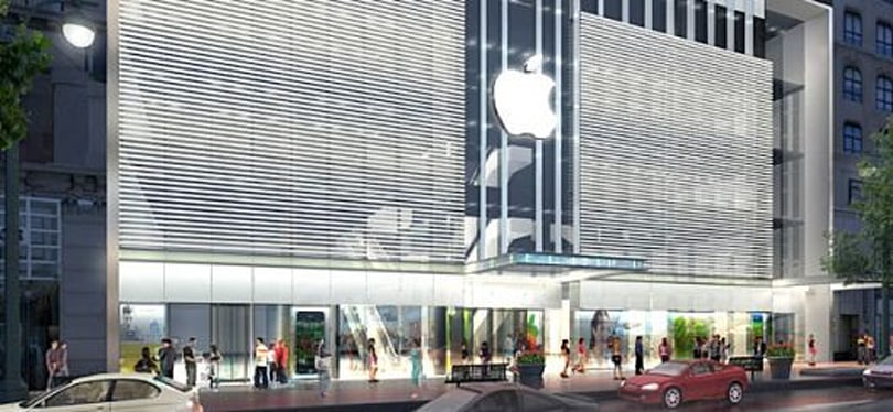 Former Apple Store employee sues for discrimination, claims bizarre ordeal
