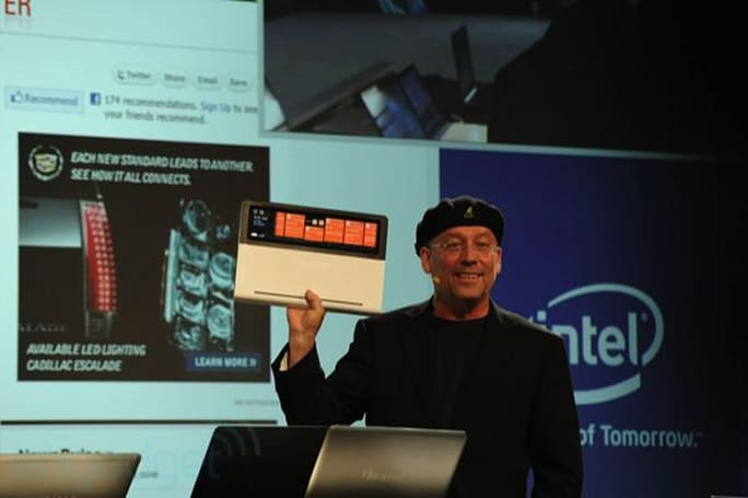 Intel shows off Nikiski prototype with sprawling touchscreen decking out the palm rest (video)