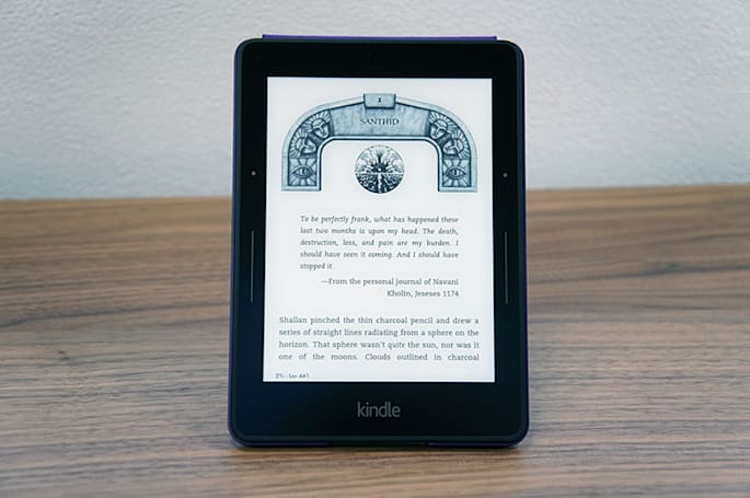 WSJ: Next Amazon Kindle comes with rechargeable cases