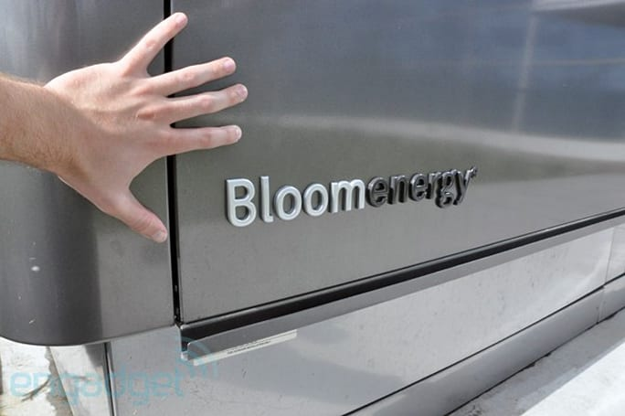 AT&T becomes the first telco to use energy-efficient Bloom Box servers, will power 11 sites in California