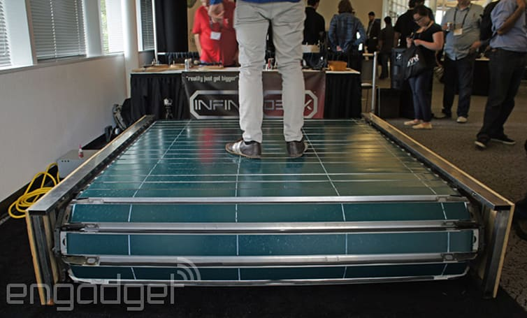 This treadmill lets you walk in any direction