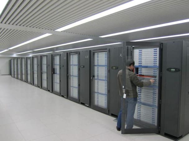 China's Tianhe-2 supercomputer could hit 100 petaflops in 2015, may have a race on its hands