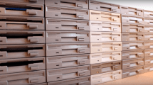 Star Wars-Marsch von 64 Floppy Drives interpretiert
