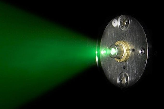 Sony, Sumitomo push laser projectors forward with a new, more powerful green laser diode