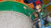 NASA trasht Raketenkörper zu Testzwecken