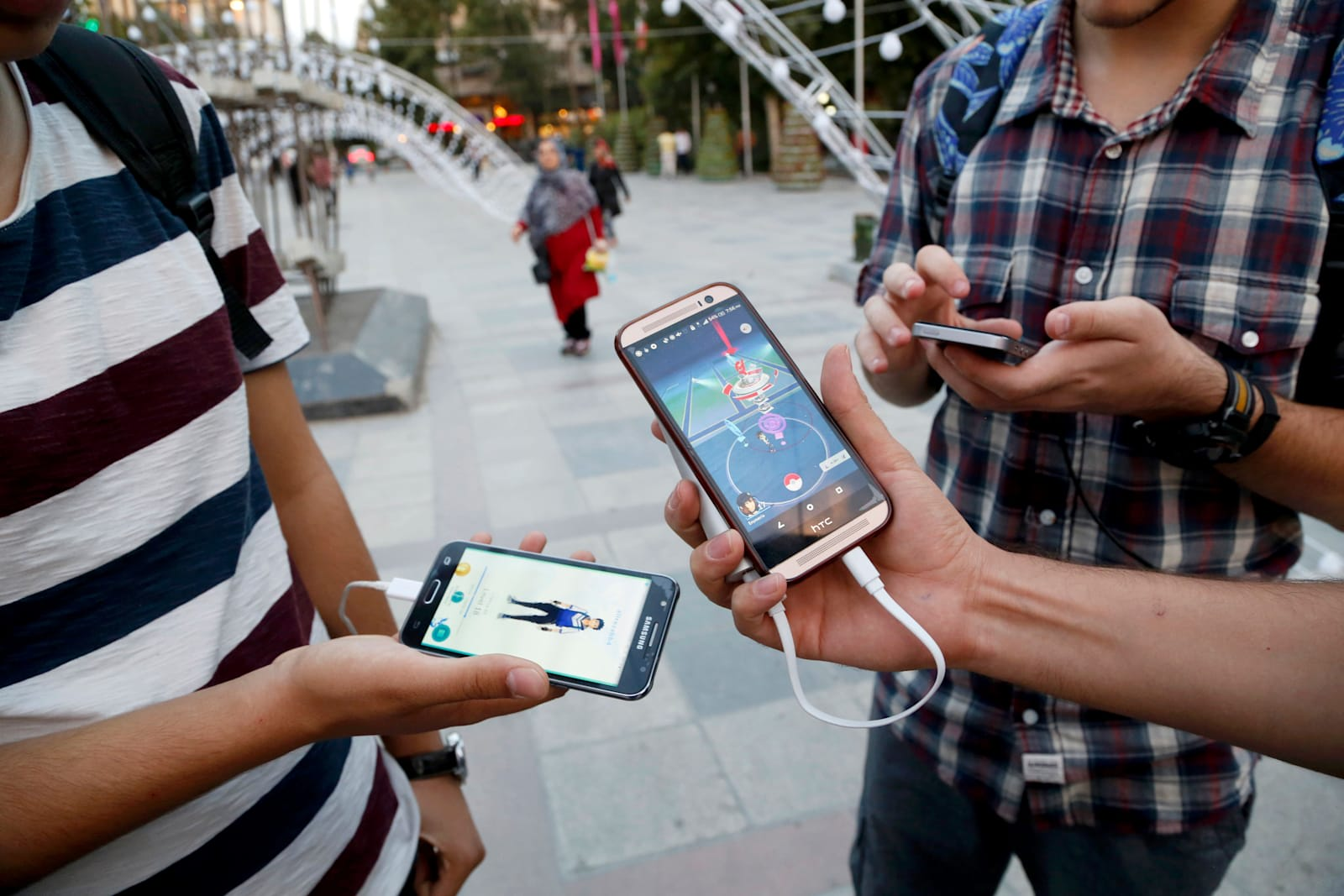 Iran bans 'Pokémon Go' over security jitters