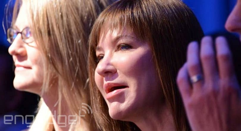 Microsoft's hardware leader steps aside ahead of Stephen Elop's arrival