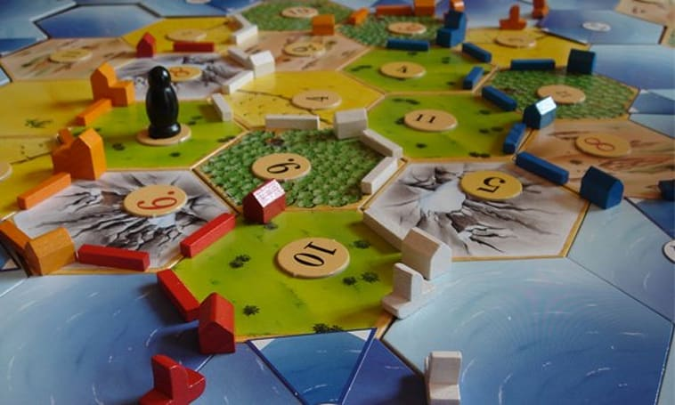 Catan settling on iPhone this summer