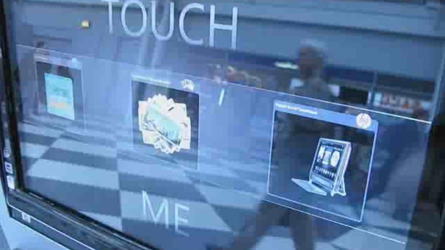 HP TouchSmart Airport Kiosk Hands-on