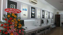 First Pictures of Saigon Apple Store