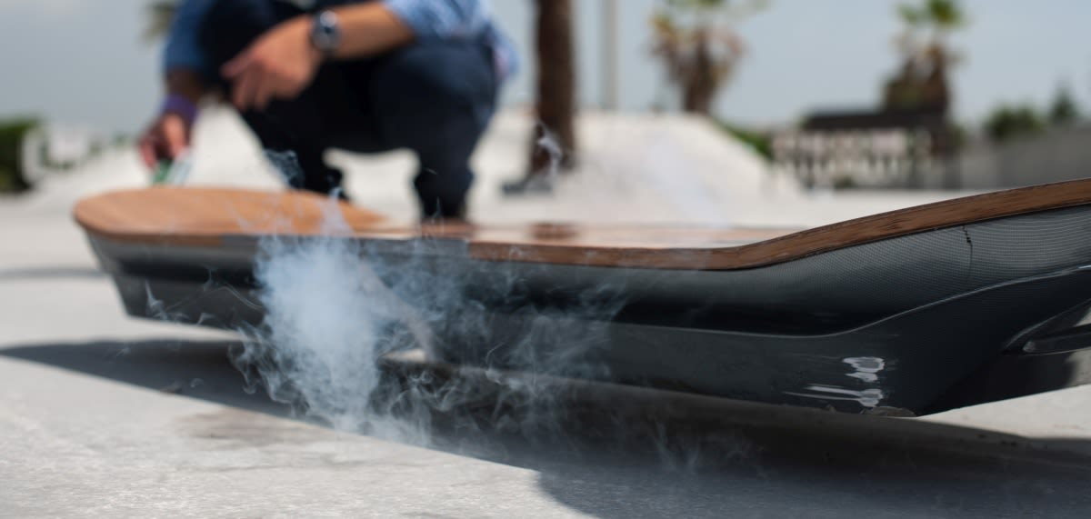 lexus let skateboarders put its hoverboard to the test. Black Bedroom Furniture Sets. Home Design Ideas