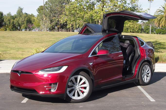 Tesla Model X P90D first drive