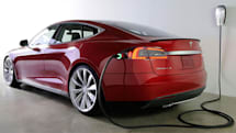 Tesla Model S update adds calendar integration and traffic-based navigation