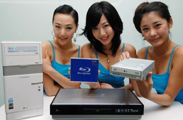 LG's got Blu-ray fever: coughs-up media, player, desktop, and regurgitates writer