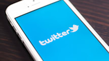 Twitter adds business auto-replies for faster customer service