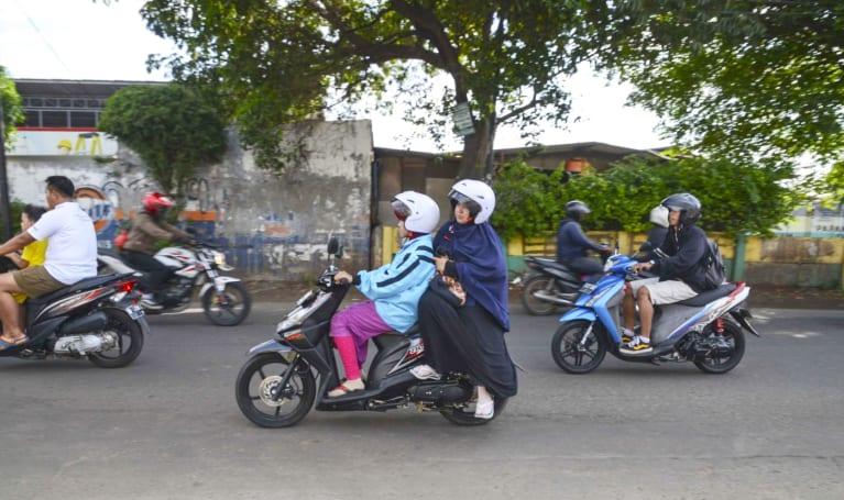 Uber's experimental service in Bangkok hails motorcyles