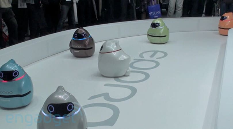Nissan's Eporo robot car heads to the races, slow and steady (video)