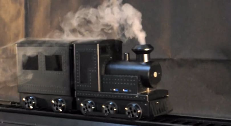 Lian-Li designs a moving train PC case, makes plugging in a challenge (video)