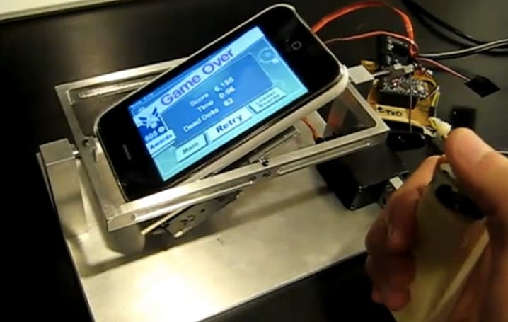 iPhone meets Arduino, tilt joystick for mobile games results (video)