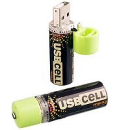 USBCELL batteries feature built-in USB plug