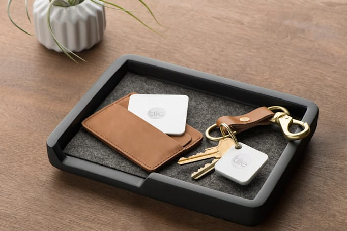Tile unveils a smaller take on its original bluetooth tracker
