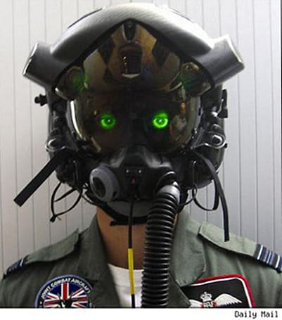 New helmet allows fighter pilots to peer through the jet
