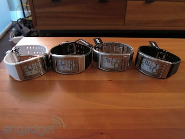 Engadget giveaway: win one of four Phosphor World Time E Ink watches!