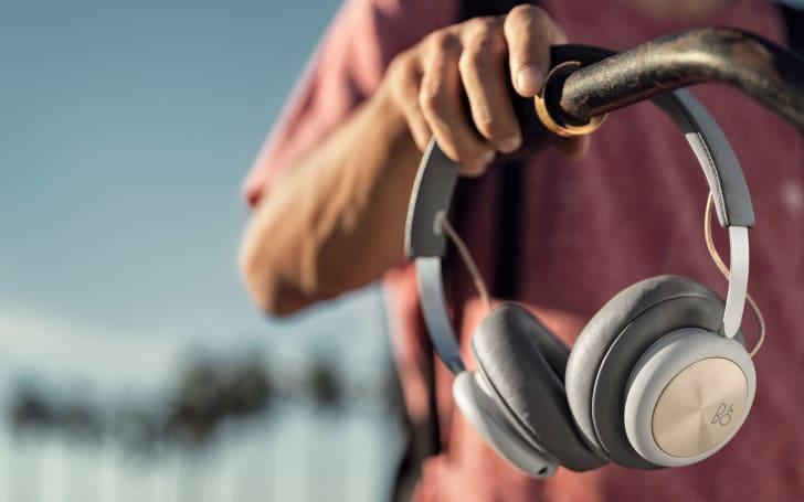 B&O adds a $299 option to its wireless headphone line