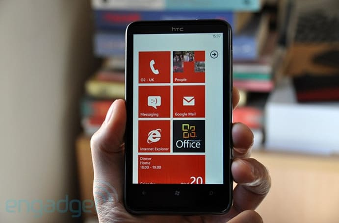 Microsoft: over 1.5 million Windows Phone 7 devices sold to carriers and retailers