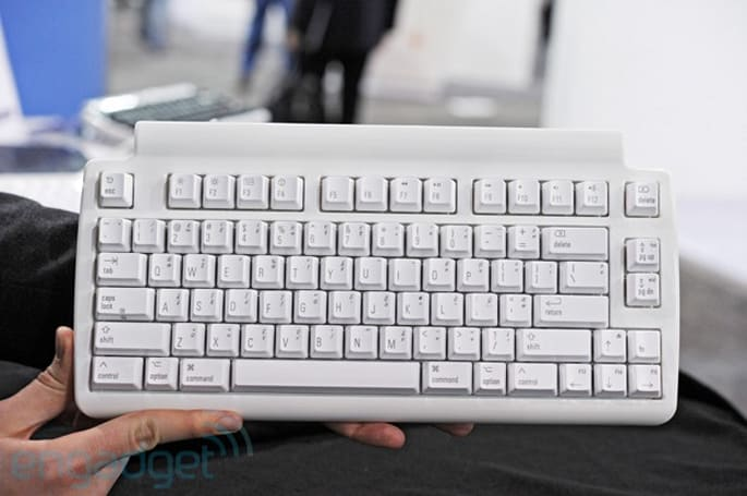Matias updates the Tactile Pro to version 4, announces Mini Tactile Pro keyboard, we go hands-on (video)