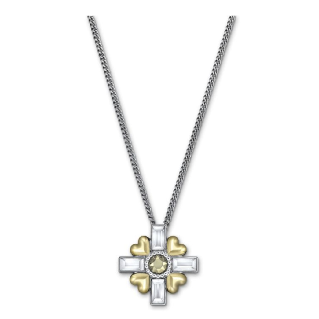"GIVEAWAY: A stunning Swarovski pendant necklace from the new ""Romeo and Juliet"" movie inspired collection"