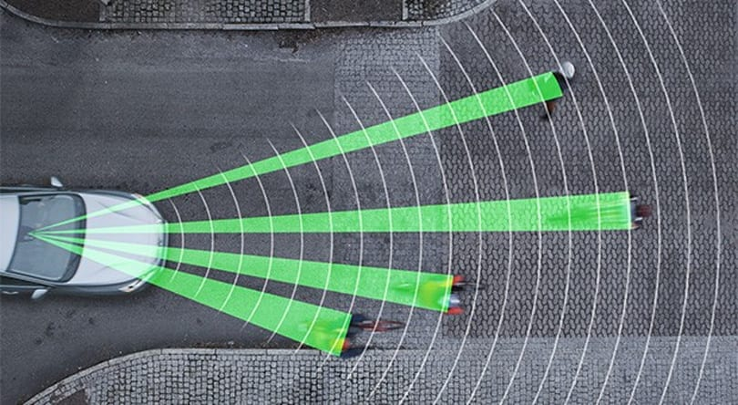 Volvo revamps its pedestrian detection system to automatically brake for cyclists (video)